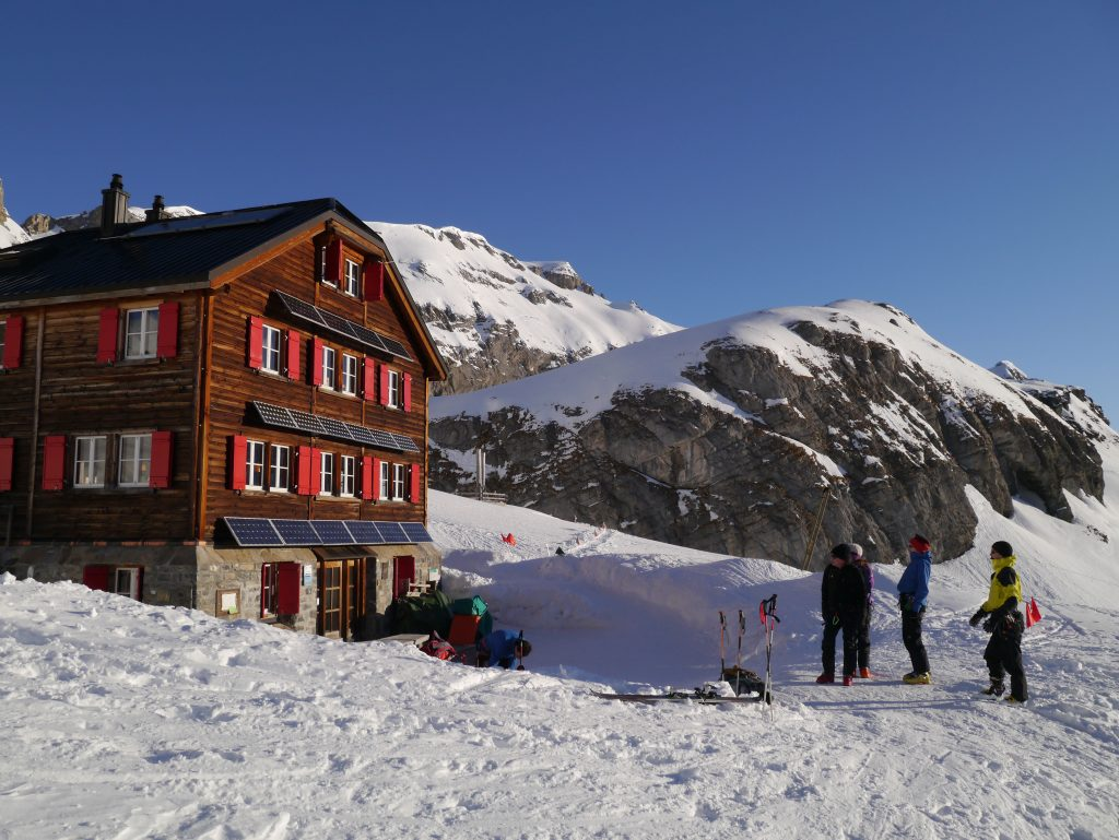 Off Piste Skiing and Ski Touring Courses Alps